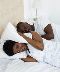 snorer-in-bed